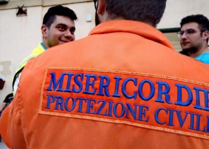 I volontari impegnati nell'emergenza incendi e i corsi del CESV Messina